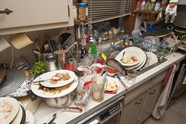 Safety Is The Number 1 Priority of Hoarding Cleanup